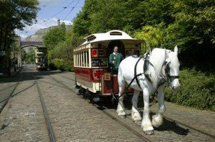 5275-1_DM_HORSE_DRAWN_VINTAGE_TRAMCAR,UK.jpg