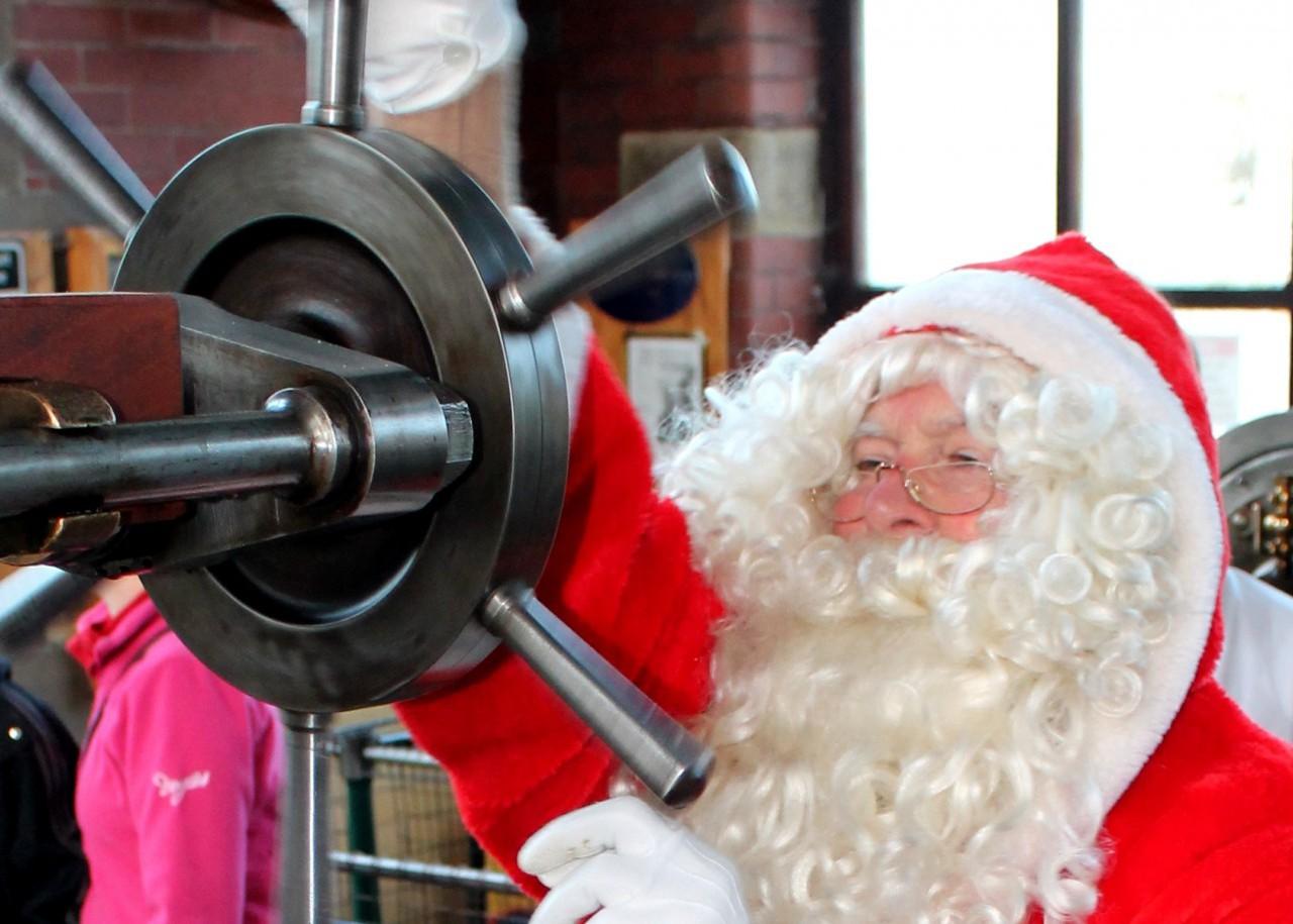 Santa starts the engine