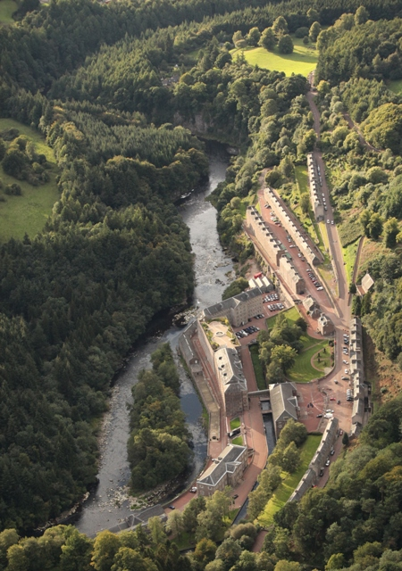Aerial photograph of the vilage of New Lanark