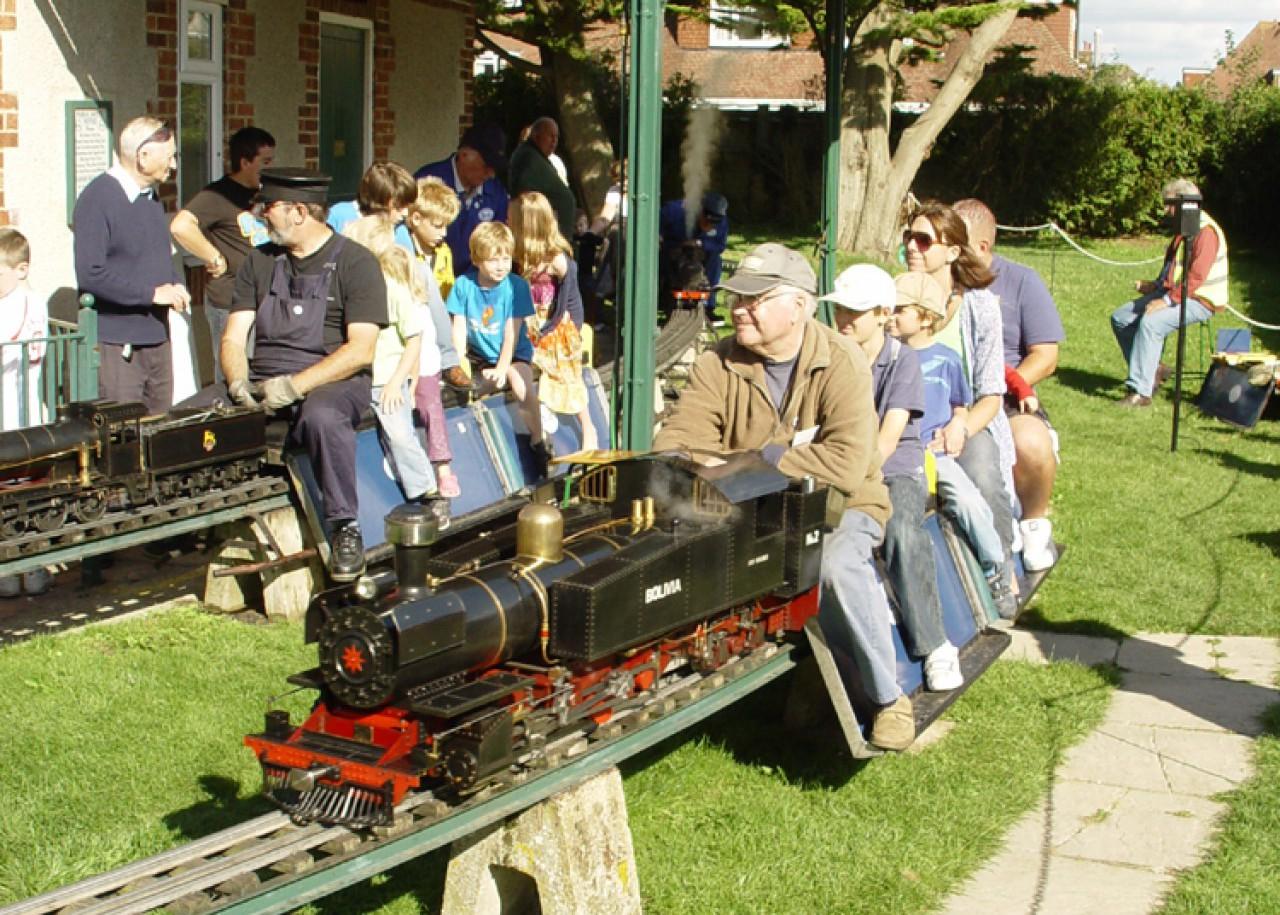 Field Place Miniature Railway