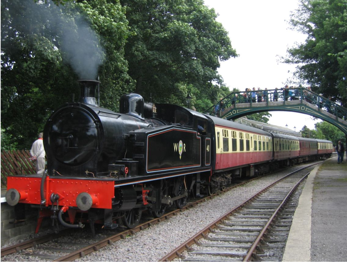 No. 40 arrives in Stanhope Station