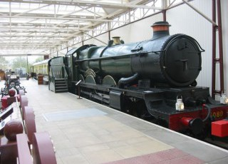 Buckinghamshire_Railway_Centre_1.jpg
