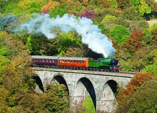 Morayshire_on_Avon_viaduct.jpg