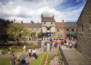 Part_of_the_Edwardian_Town_at_Beamish_3.jpg
