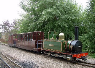 Perrygrove_Railway_Museum_train_1_smaller.jpg