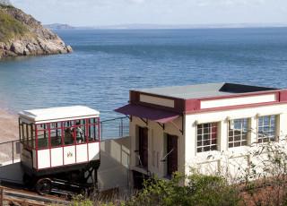The_station_at_Oddicombe_Beach.jpg