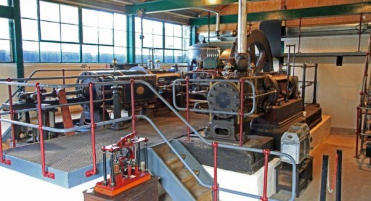 Running Days & Crafts (Stott Steam Engine – Mon)