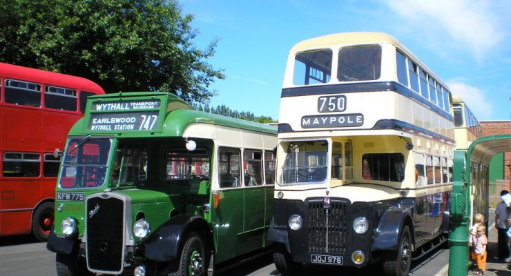 buses run on bank holidays and other event days