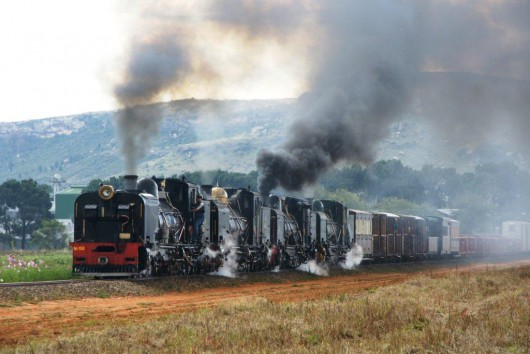 2ft Narrow Gauge Garratt locomotives in South Africa