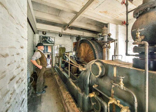 exploring-the-blists-hill-engines.jpg