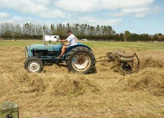 farming-in-grandads-time.jpg