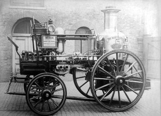 merryweathers-horizontal-greenwich-fire-engines.jpg